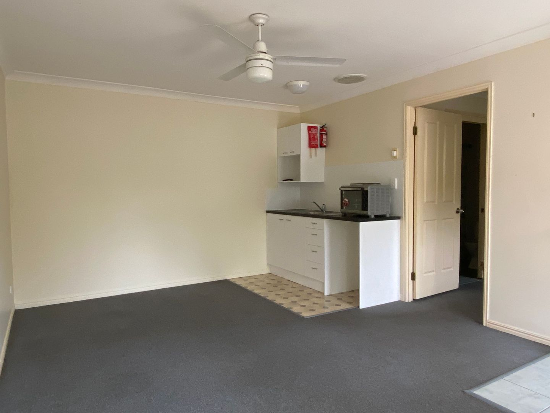 2/34 Garfield Rd, Logan Central QLD 4114, Image 2
