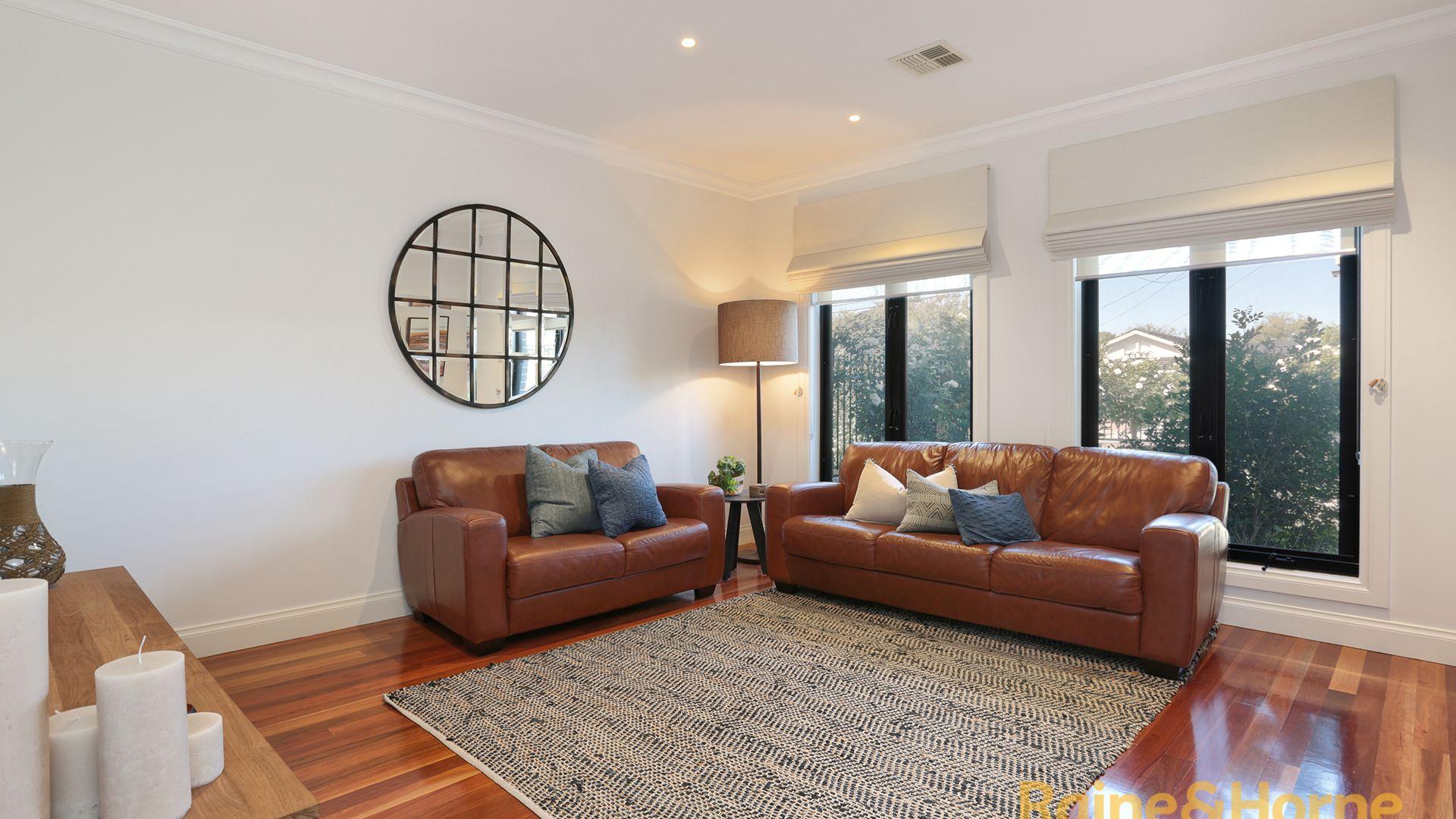2/130 Rennie Street, Coburg VIC 3058, Image 1