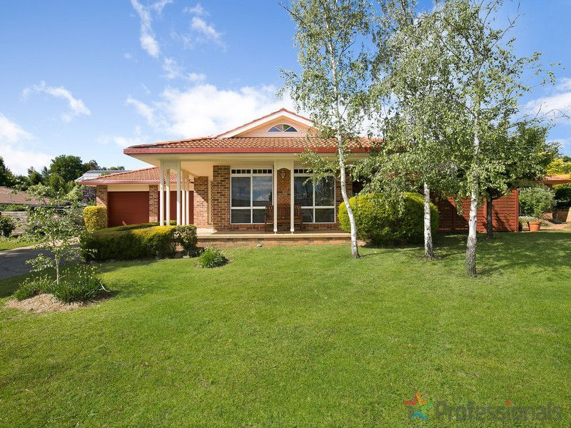 26 The Avenue, Armidale NSW 2350, Image 0