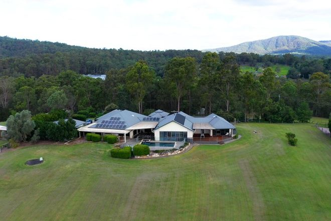 Picture of 27 Burton Lane, SAMFORD VALLEY QLD 4520