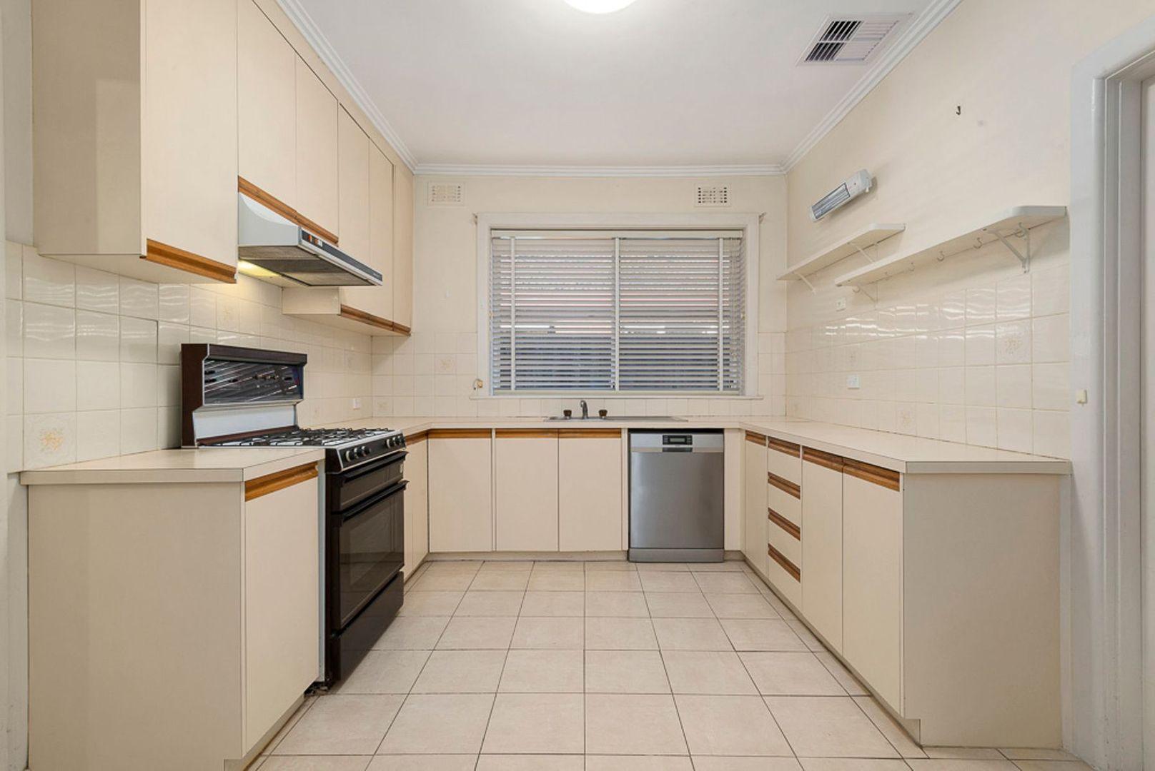 32 Glencairn Avenue, Brighton East VIC 3187, Image 1