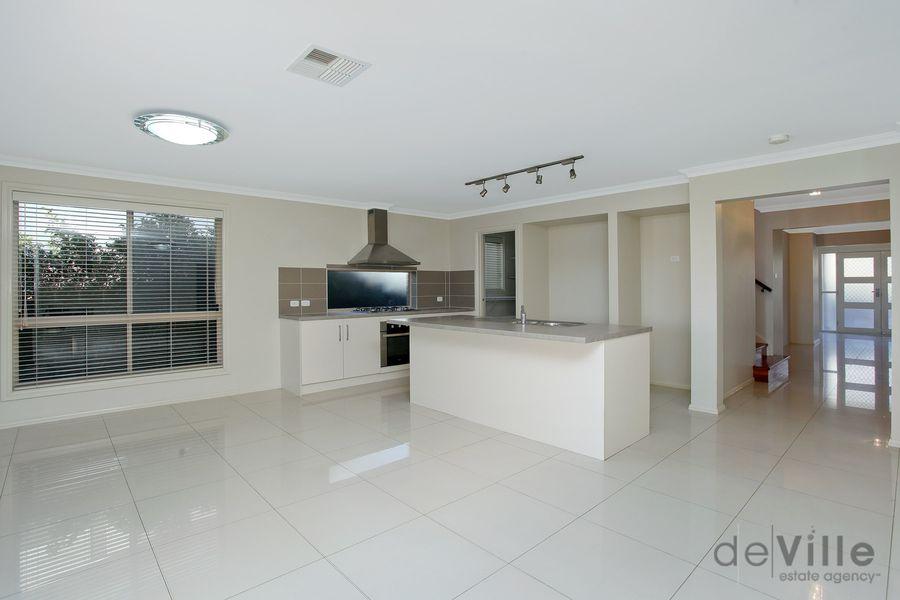 20 Kirkwall Avenue, Castle Hill NSW 2154, Image 1