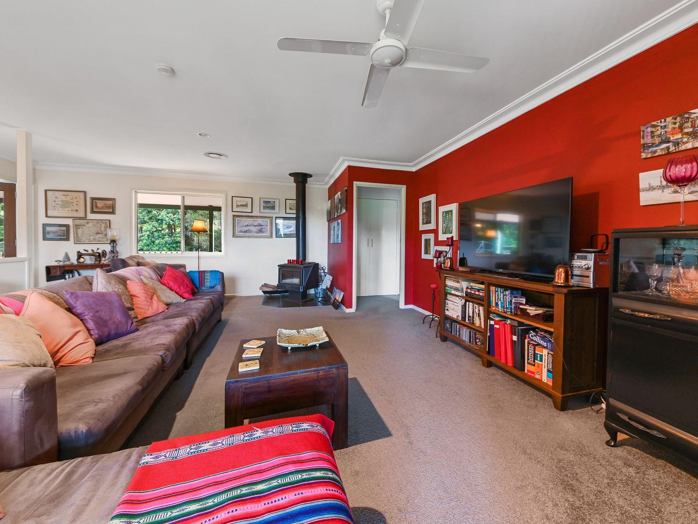 8 Kirk Road, Cedar Creek QLD 4520, Image 2