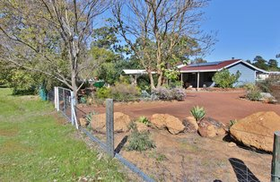 Picture of 84 Wallangarra Dr, Bedfordale WA 6112