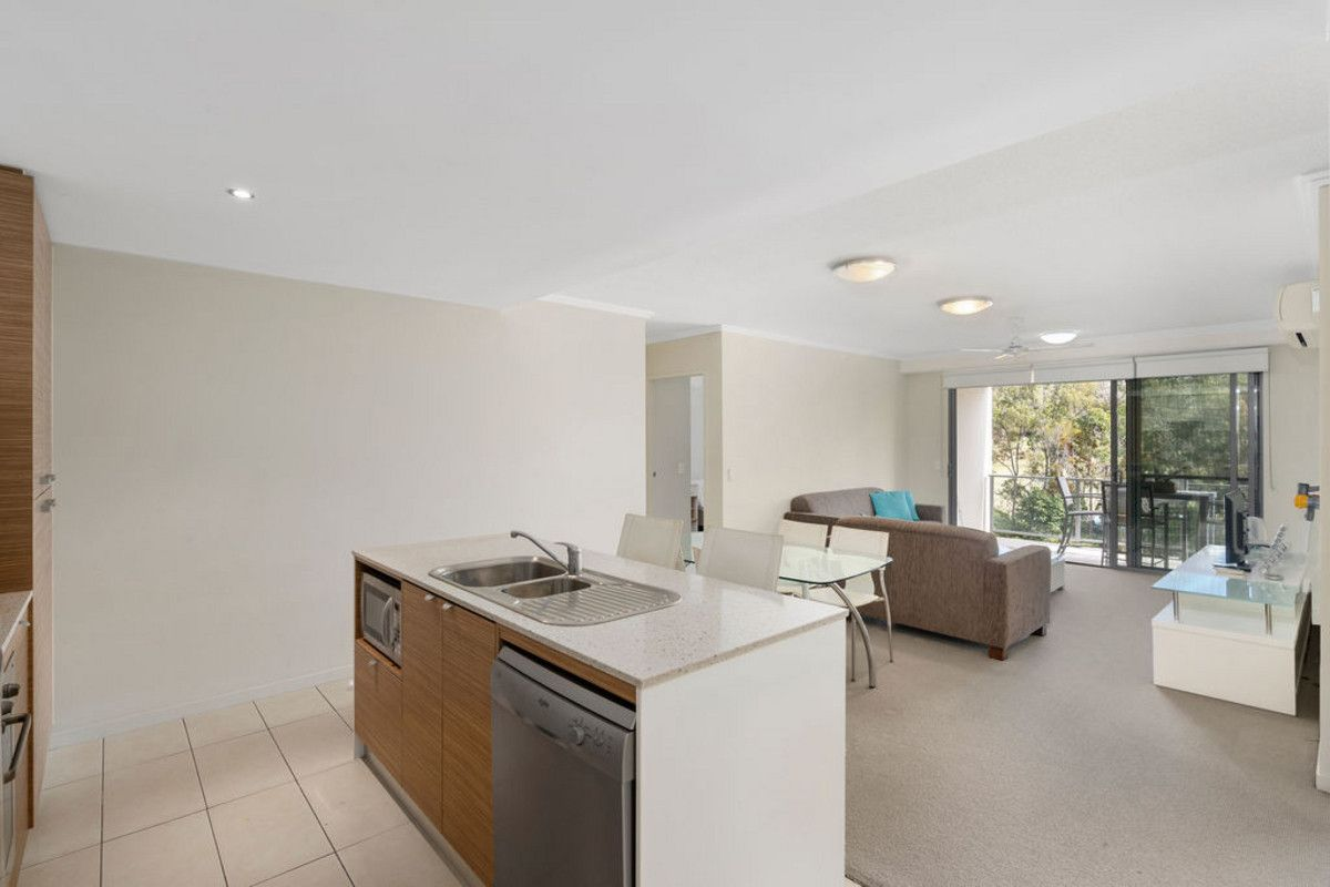 10/154 Musgrave Avenue, Southport QLD 4215, Image 2
