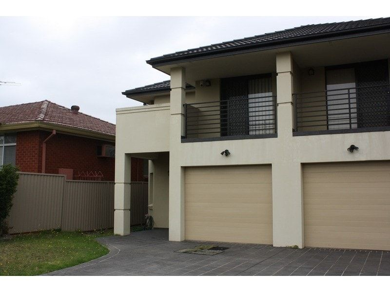 27 Greenway Parade, Revesby NSW 2212, Image 0