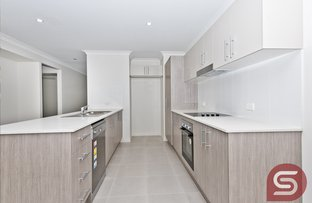 Picture of 87-89A Cocos Dve, Ningi QLD 4511