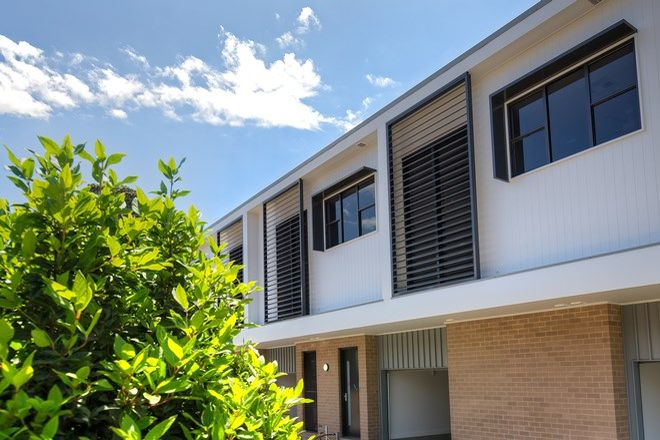 Picture of 2/67 Wilton Street, MEREWETHER NSW 2291