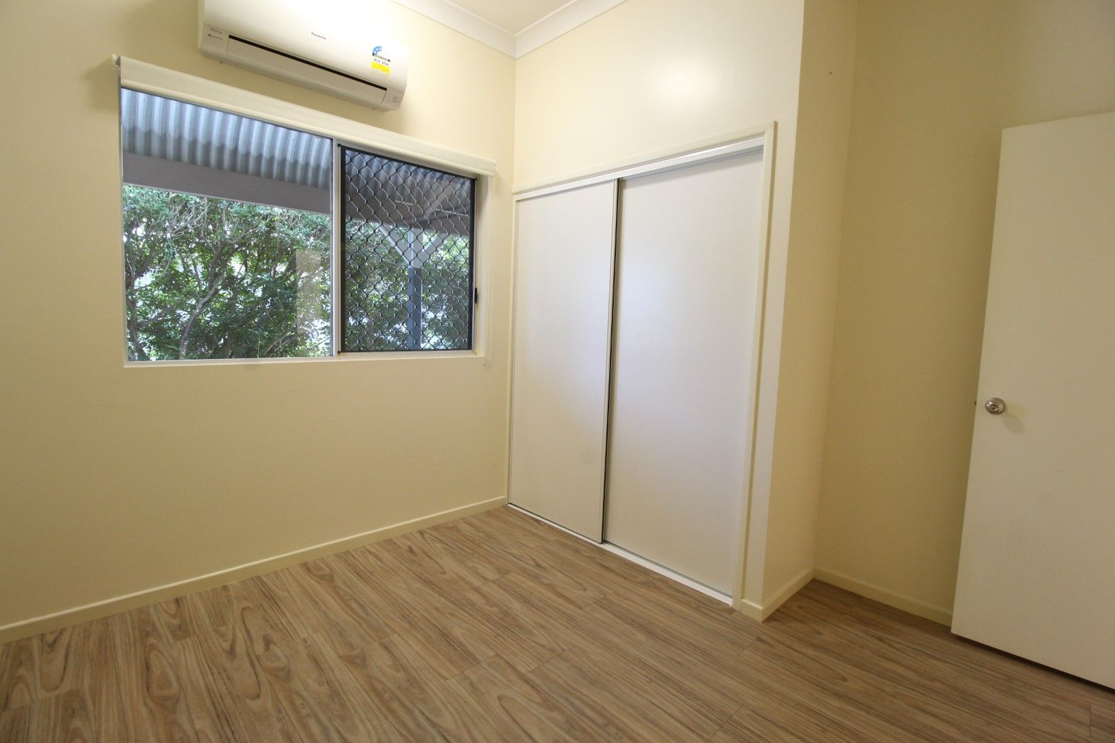 5/37 Hackett Terrace, Richmond Hill QLD 4820, Image 2