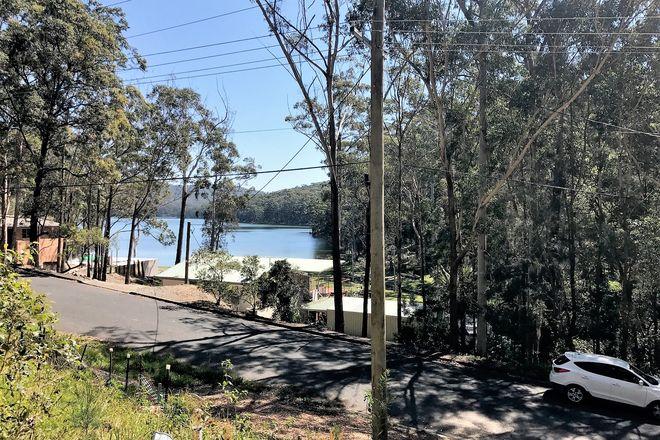 184 Amaroo Drive, SMITHS LAKE NSW 2428