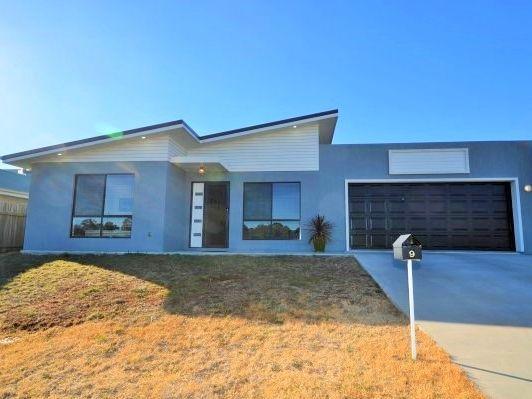 9 Claret Ash Drive, Guyra NSW 2365, Image 0