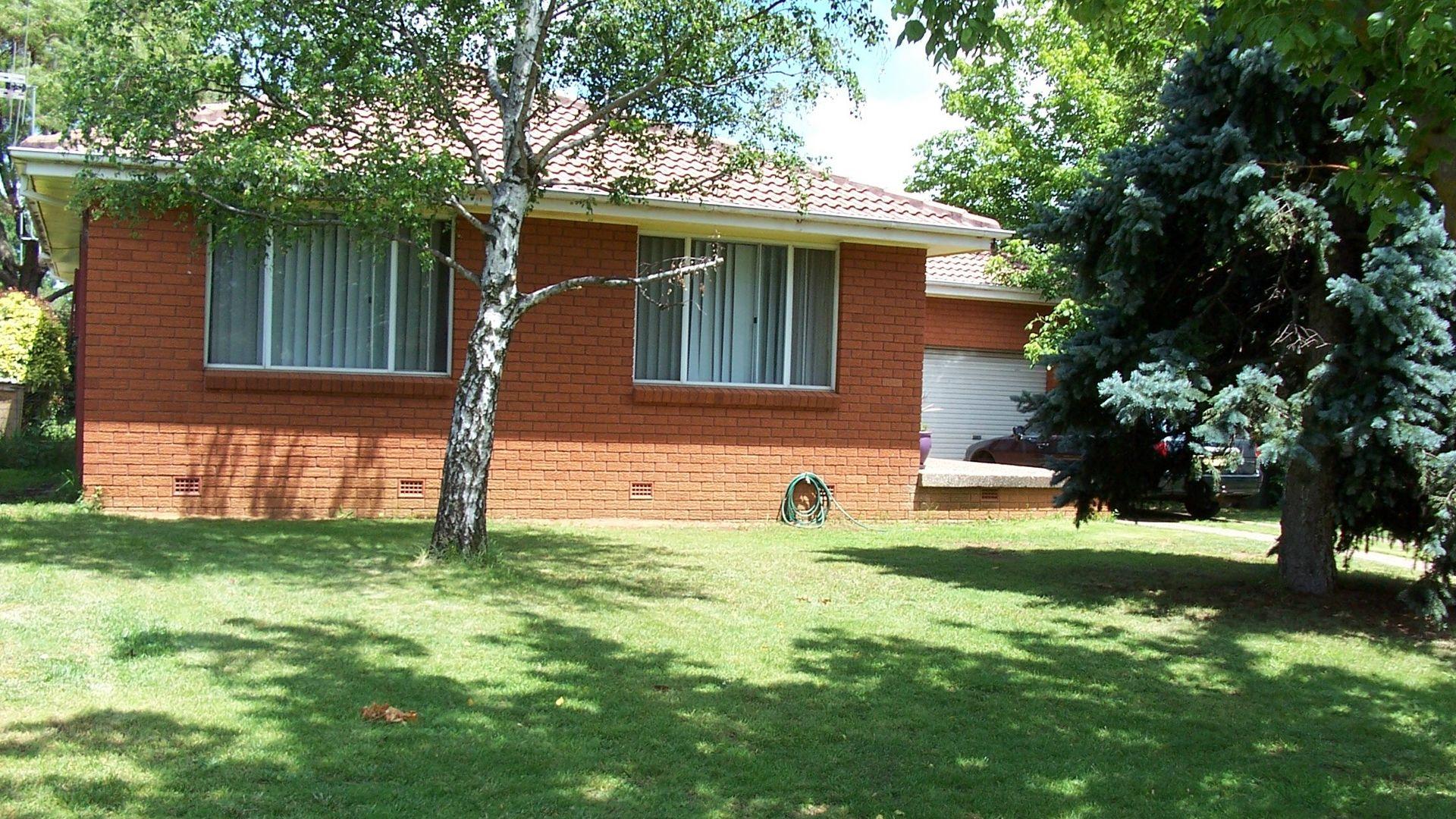 19 Mangowa Close, Orange NSW 2800, Image 1