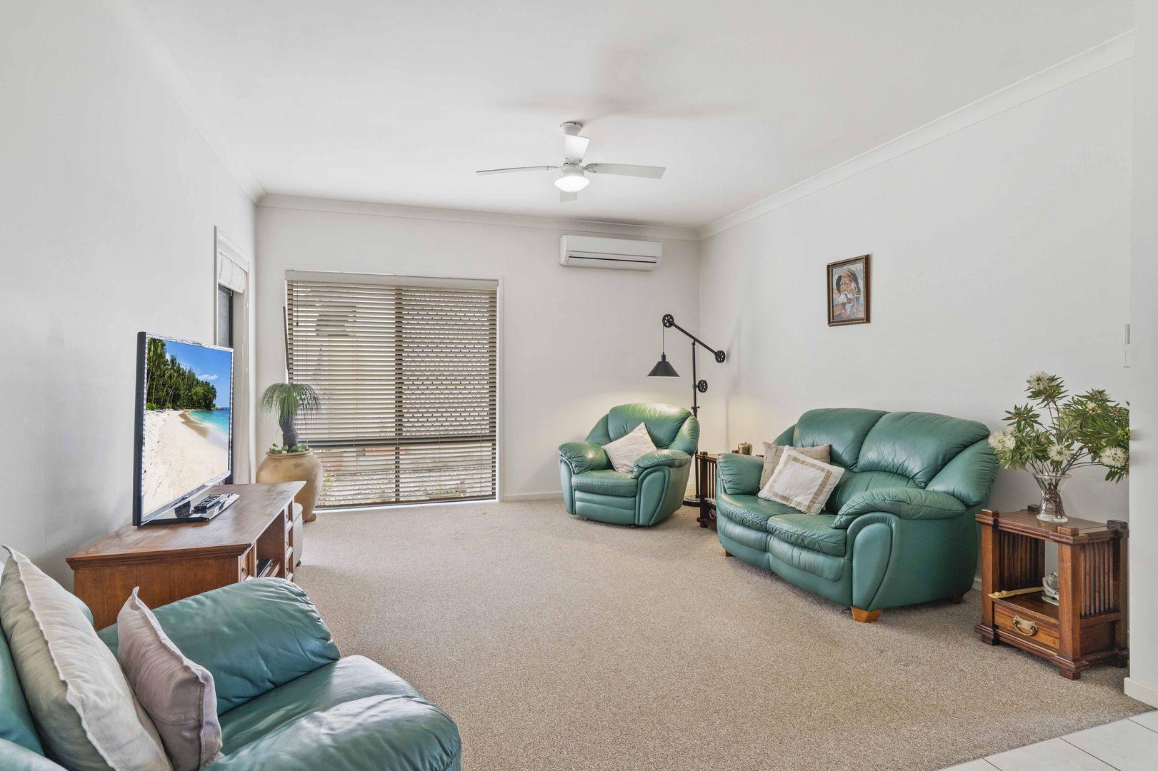 15 Greenview Avenue, Beerwah QLD 4519, Image 2