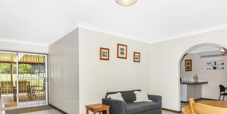 4 Ashford Place, South Bunbury WA 6230, Image 2