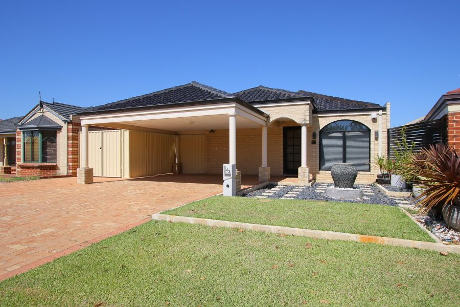 63 Courtland Crescent, Redcliffe WA 6104, Image 0