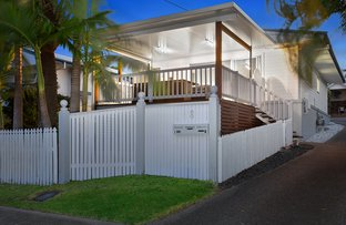 1/8 Dowling Drive, Southport QLD 4215