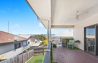 Picture of 63 Waterside Drive, Springfield Lakes QLD 4300