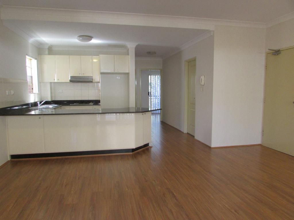 6/75A Queens Road - Sorry I am now taken!, Hurstville NSW 2220, Image 1