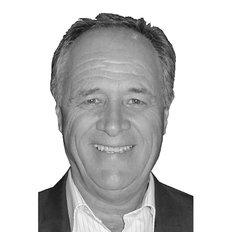 Len Geary, Sales representative