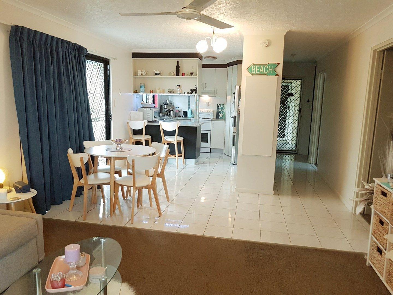 2/32 Beach Avenue, Tannum Sands QLD 4680, Image 1