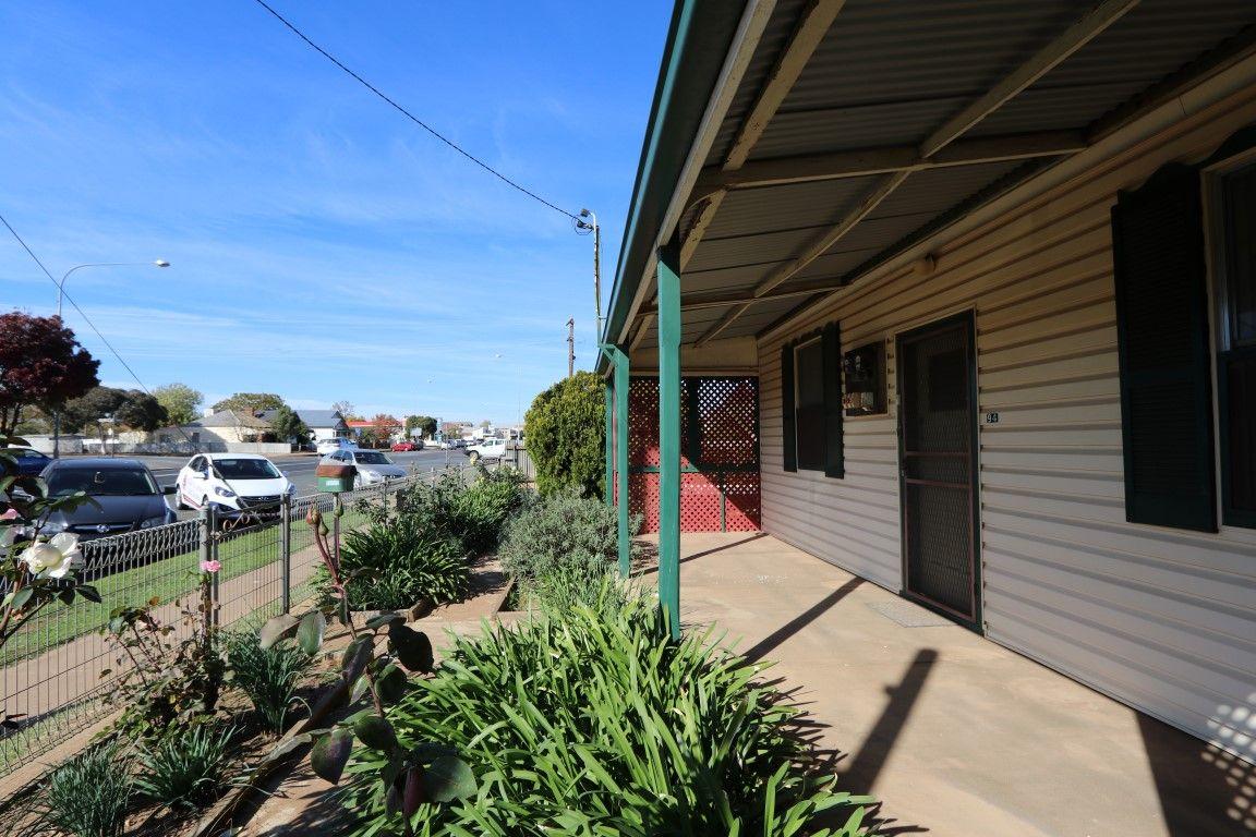 94 Hoskins Street, Temora NSW 2666, Image 1