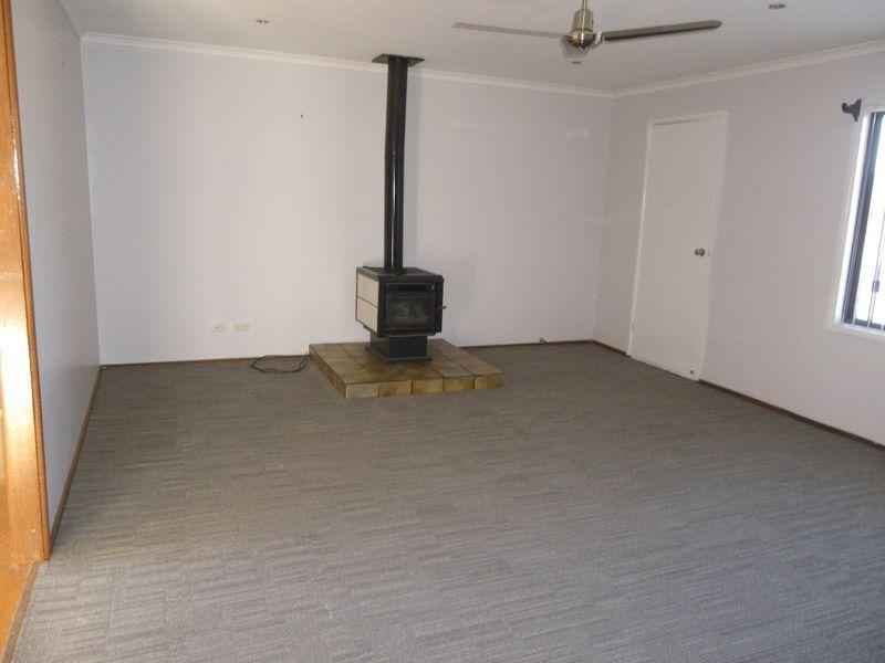 15 Gordon Street, Bega NSW 2550, Image 2