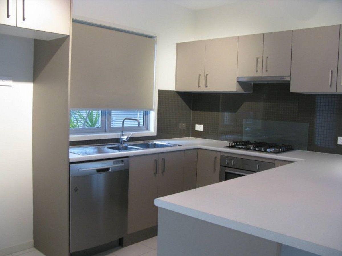 2/331 Anzac Avenue, Kippa-Ring QLD 4021, Image 0