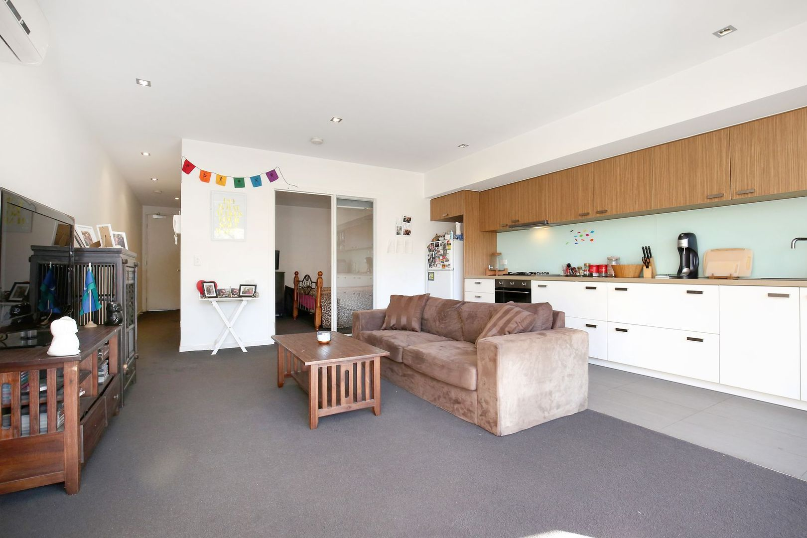 5/297 Pascoe Vale Road, Essendon VIC 3040, Image 2