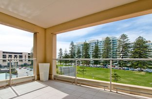 305/19 Holdfast Promenade, Glenelg SA 5045