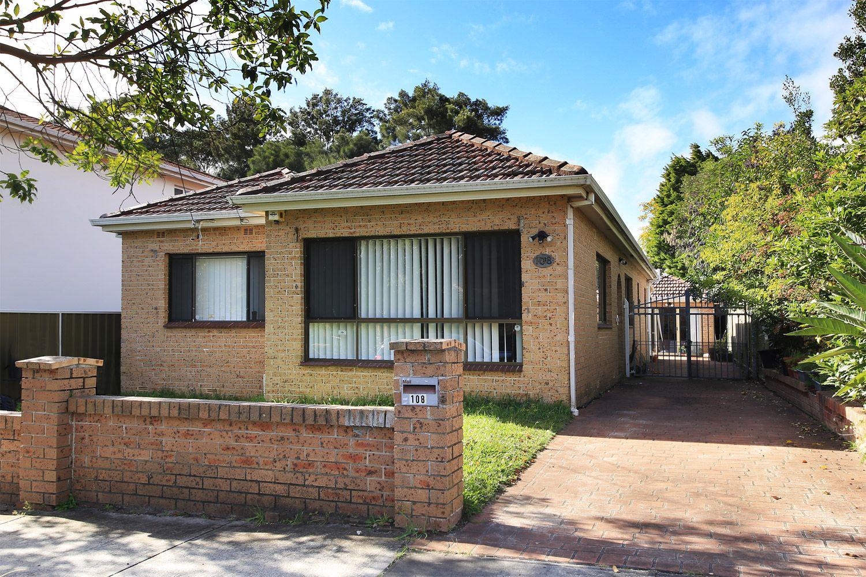 108 Caroline Street, Kingsgrove NSW 2208, Image 0