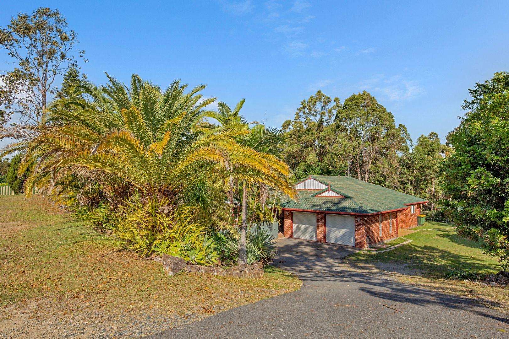 32 Sehmish Court, Bonogin QLD 4213, Image 1