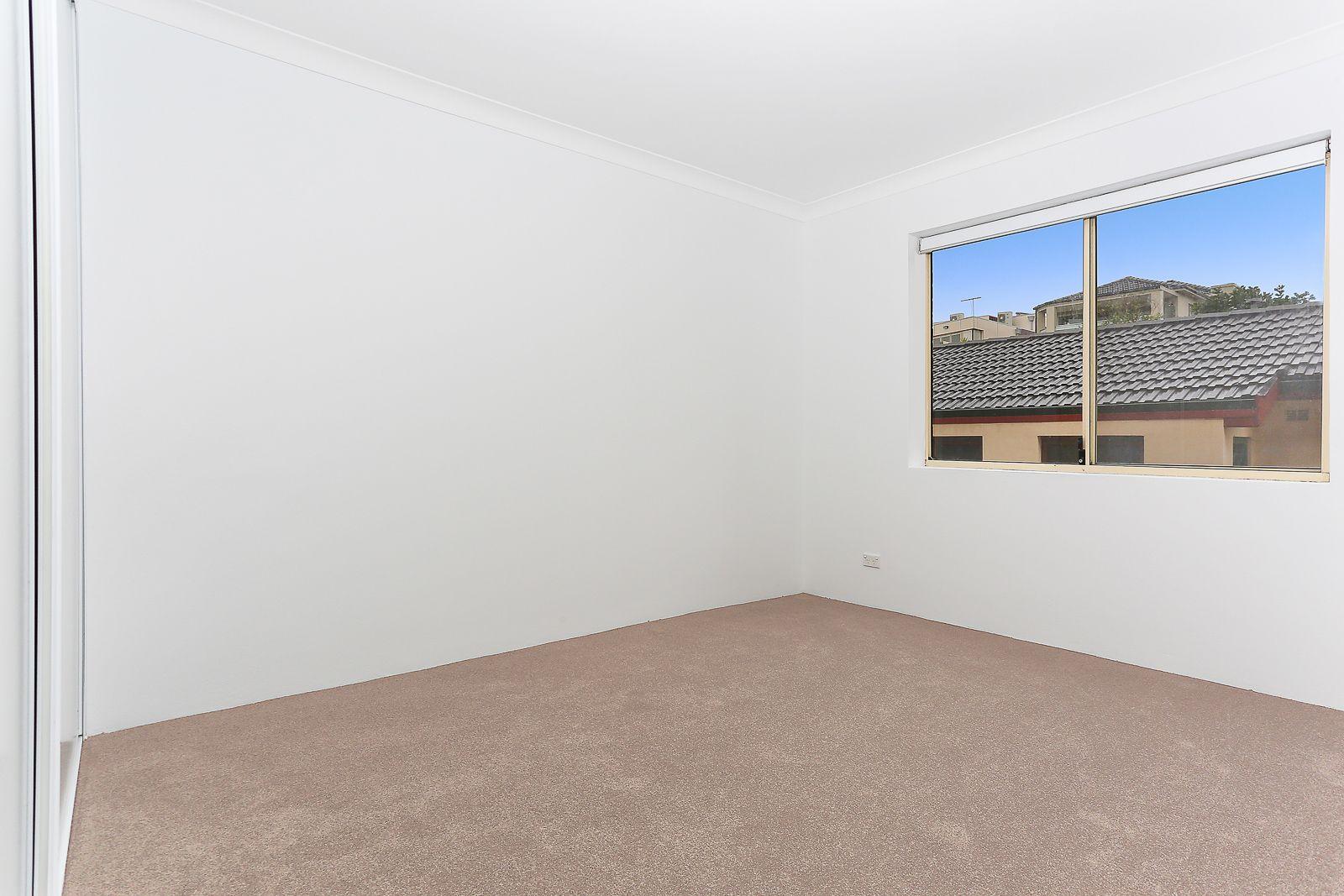 2/8 Beaumond Avenue, Maroubra NSW 2035, Image 2