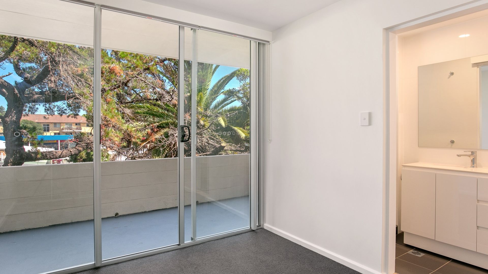 9/168 Pacific Parade, Dee Why NSW 2099, Image 2