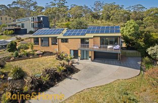 Picture of 4 BAYSIDE DRIVE, Lauderdale TAS 7021