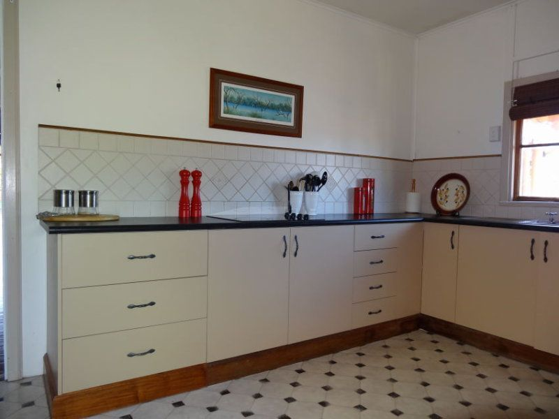 11 School Street, Charters Towers City QLD 4820, Image 2