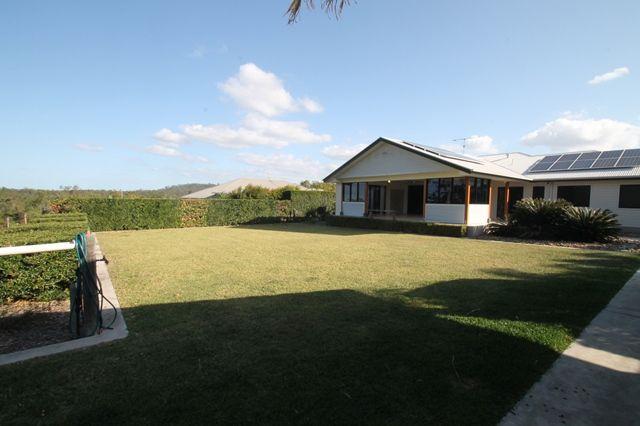 11 Yacht Road, Tannum Sands QLD 4680, Image 0