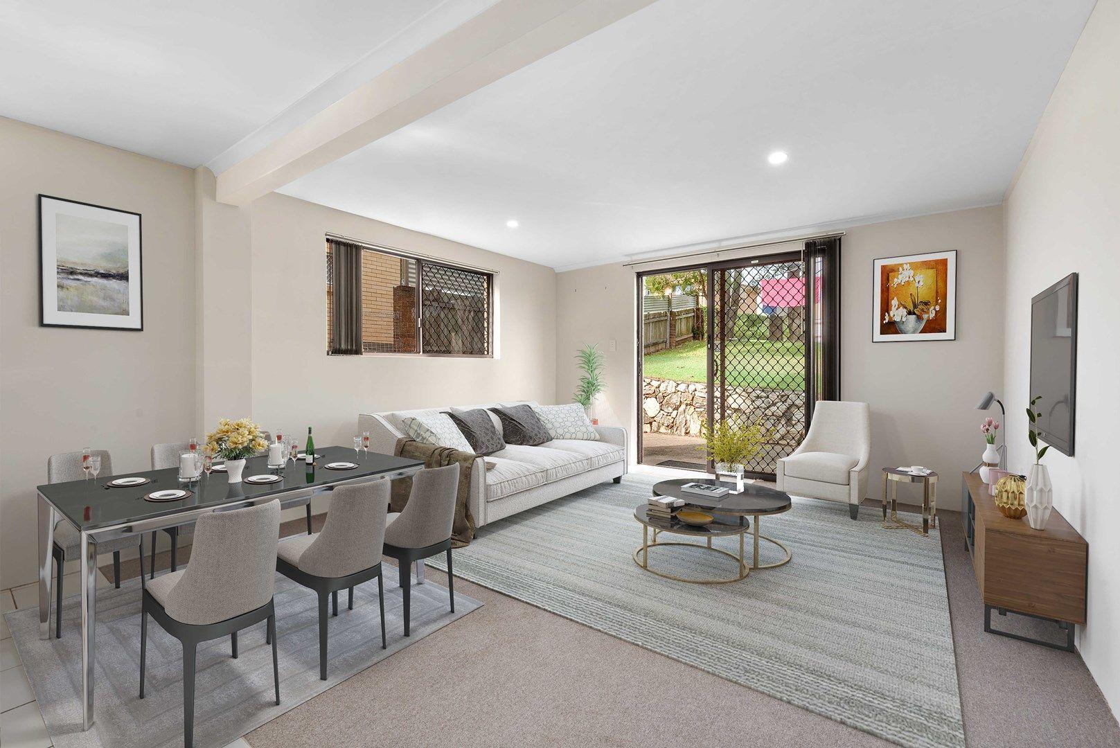33 Lomatia Street, Everton Hills QLD 4053, Image 0