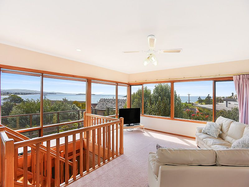 10 Viking Street, Encounter Bay SA 5211, Image 0