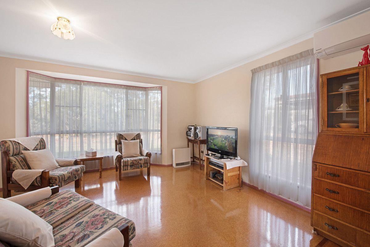 15 Clifford Street, Meringandan West QLD 4352, Image 2