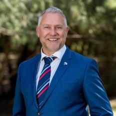 Brett White, Sales representative