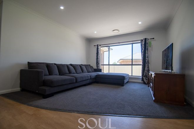 Picture of 32 Hillam Drive, GRIFFITH NSW 2680