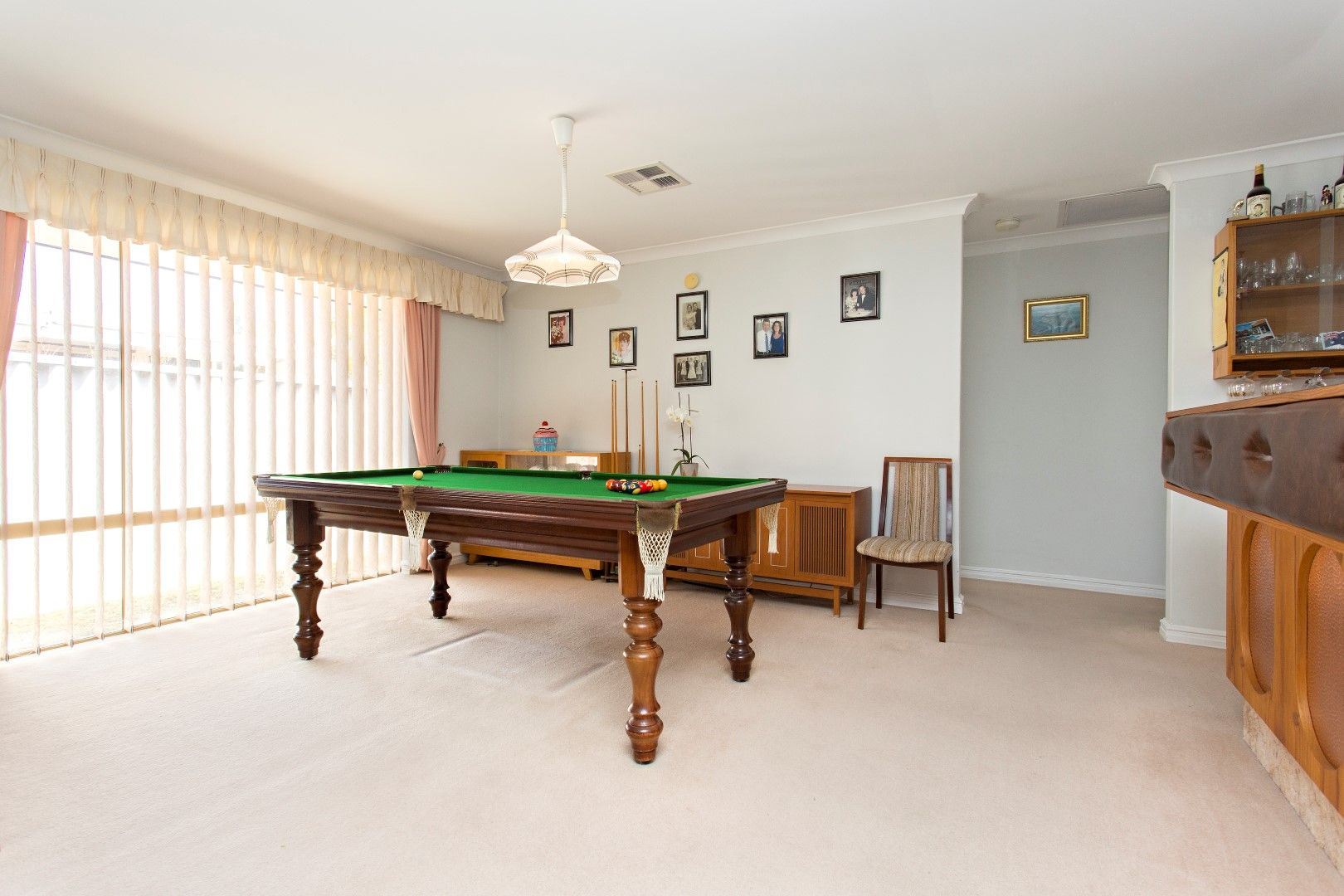 2 Petrel Close, Halls Head WA 6210, Image 2