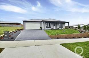 Picture of 46 Twin Ranges Drive, Warragul VIC 3820