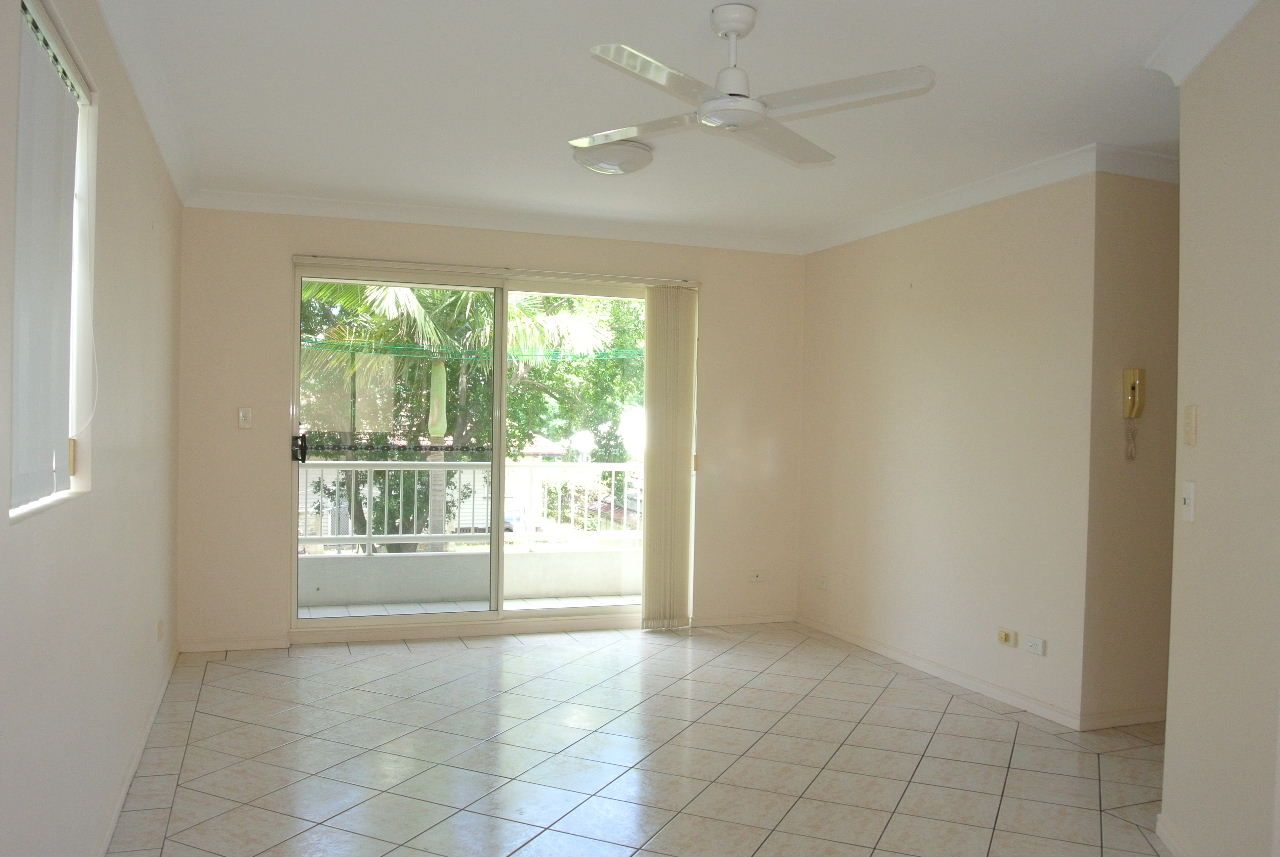 3/450 Old Cleveland Road, Camp Hill QLD 4152, Image 2