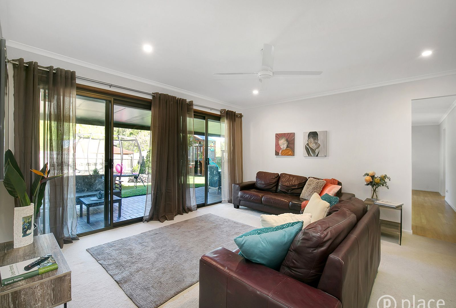4 Codford Place, Chapel Hill QLD 4069, Image 1