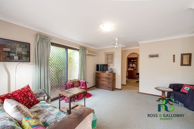 Picture of 5/273 Preston Point Road, BICTON WA 6157