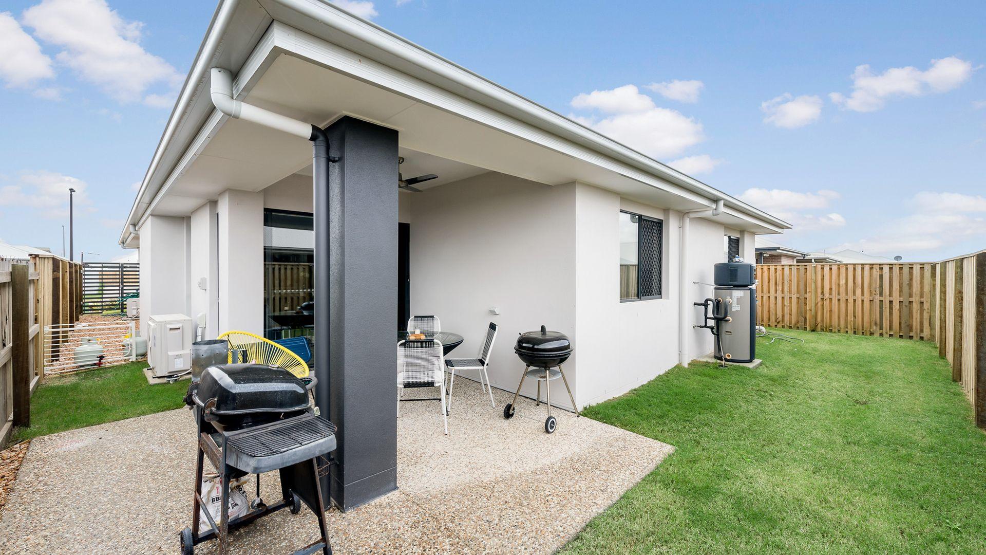 15 Haskins Street, Baringa QLD 4551, Image 2