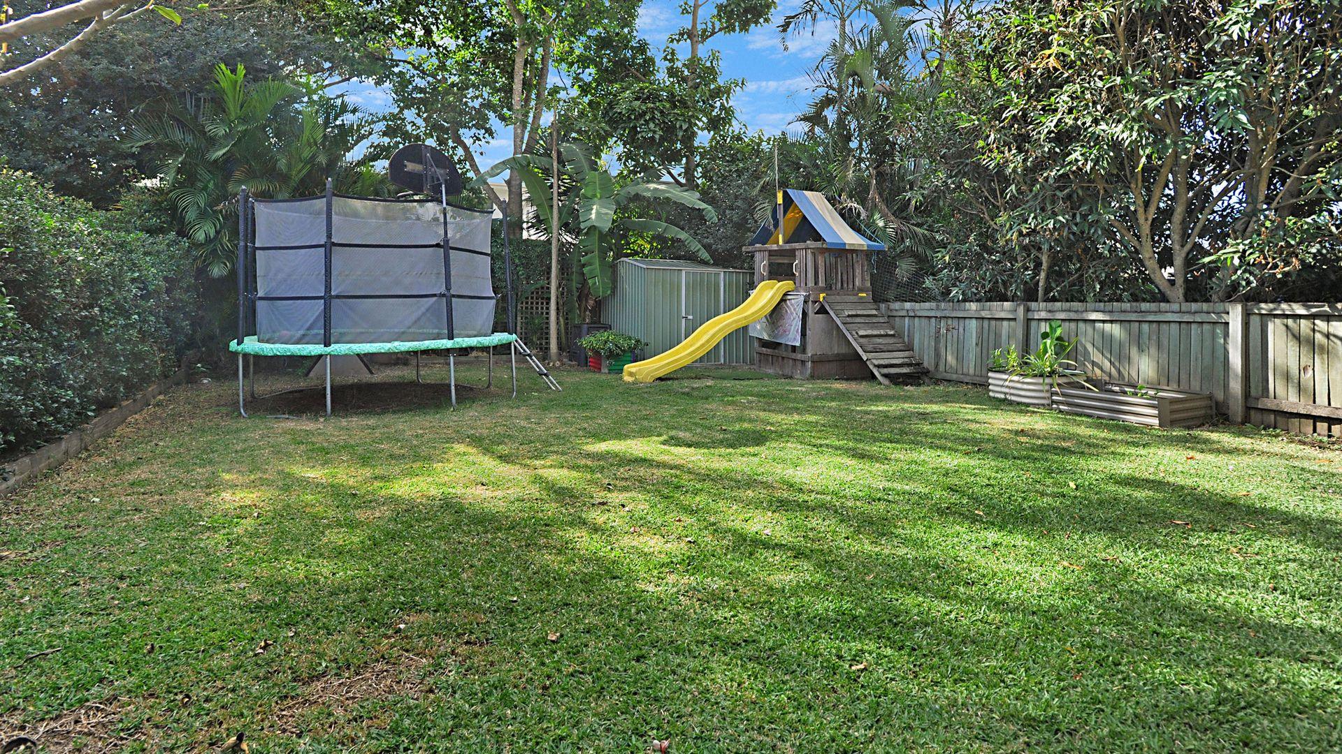 27 Hudson Avenue, Mitchelton QLD 4053, Image 2