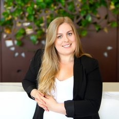 Erin Saunders, Property Manager