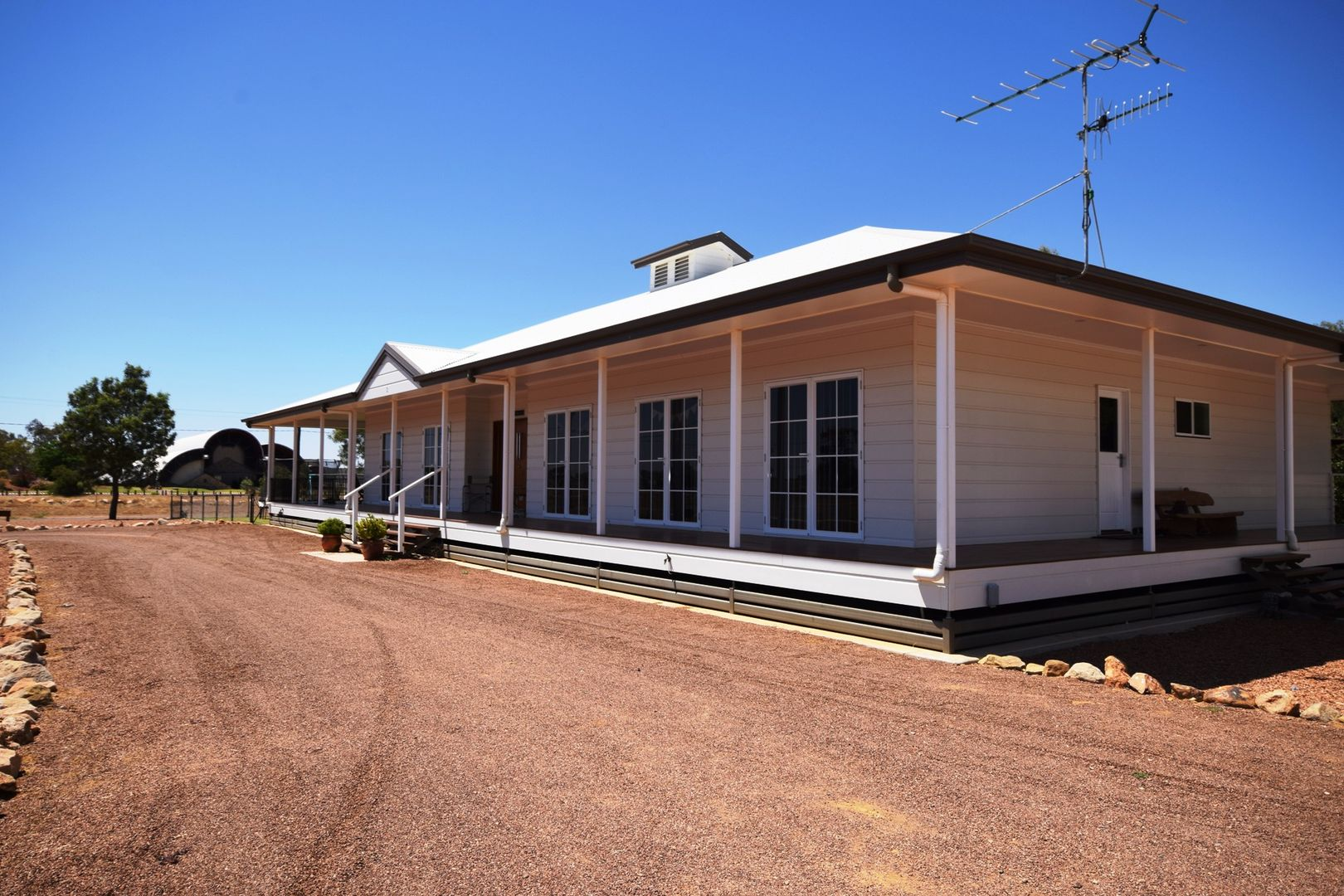 2 Little Curlew Court, Longreach QLD 4730, Image 1